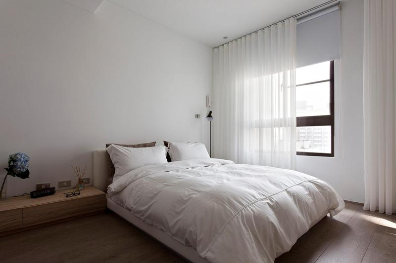 20 Breathtakingly Soft All White Bedroom Ideas Rilane