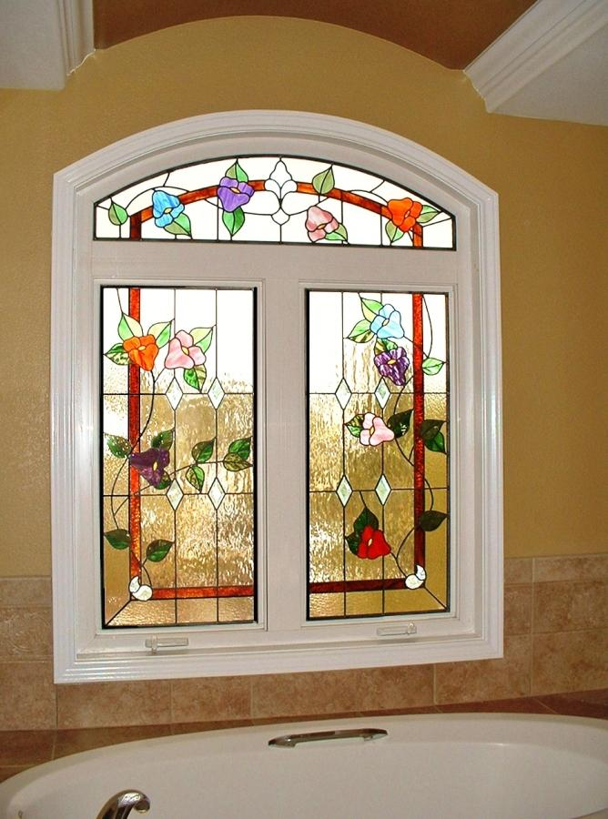 15 Beautiful Bathrooms With Stained Glass Windows Rilane