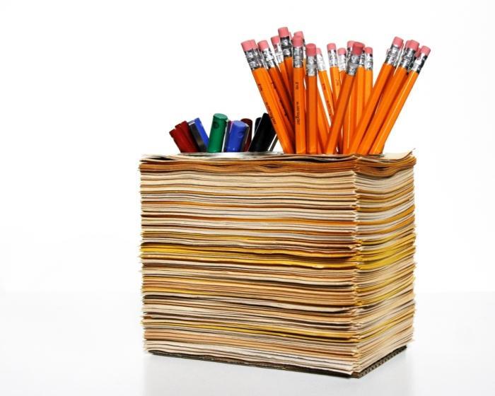 Creative Pen Stand Designs : Creative pen holders for home office rilane