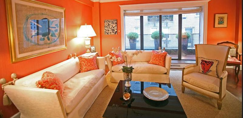 Attirant Bright Orange Living Room