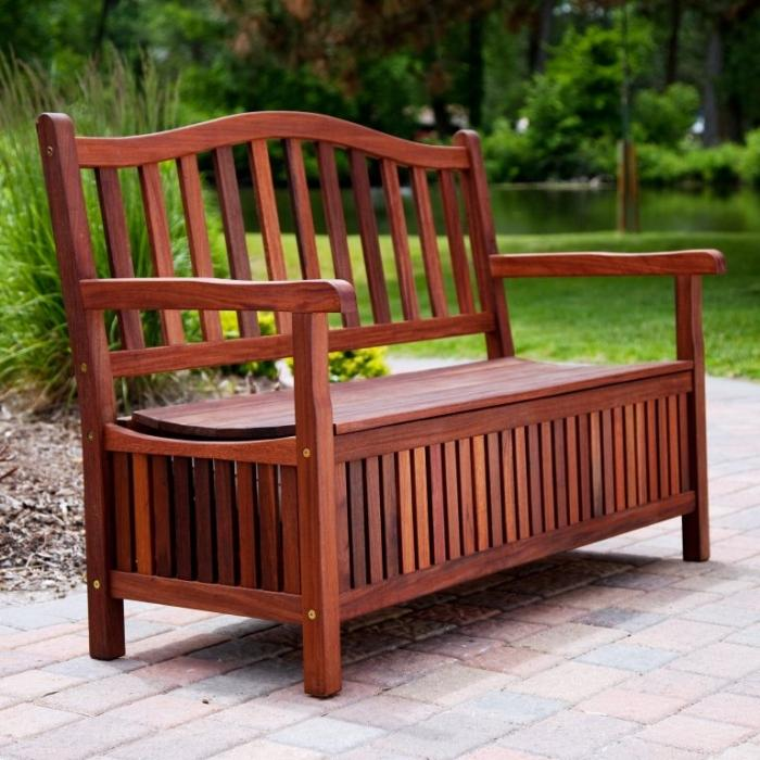 10 Functional Outdoor Storage Benches