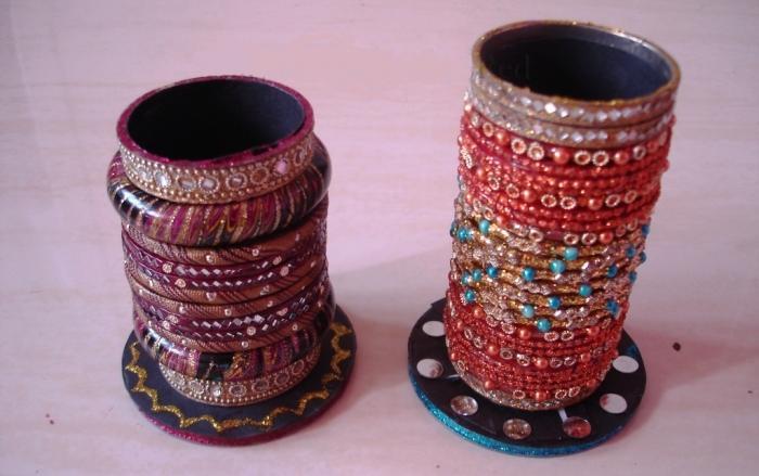 Creative Bangles Design Pen Holders 15 For Home Office Rilane. Fashionable  Idea Hanging ...