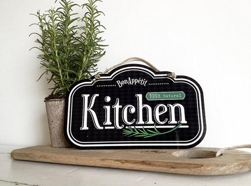 10 Fun and Creative Kitchen Wall Decor Ideas - Rilane