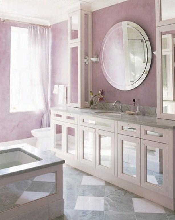 15 charming purple bathroom ideas rilane for Light purple bathroom accessories
