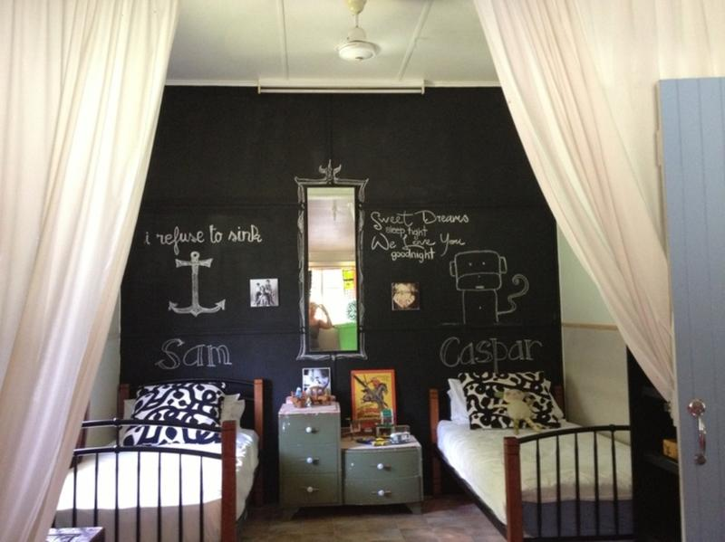 Nice Shared Bedroom With A Chalkboard Wall Above The Bed Is A Great Way To  Create An Interesting And Creative Ambiance In A Twinu0027s Bedroom. Part 23