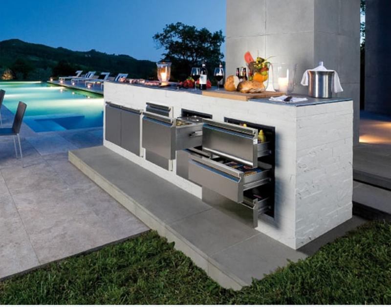 sleek outdoor kitchen