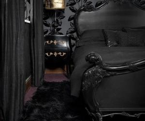 15 Enchanting Gothic Bedroom Design Ideas
