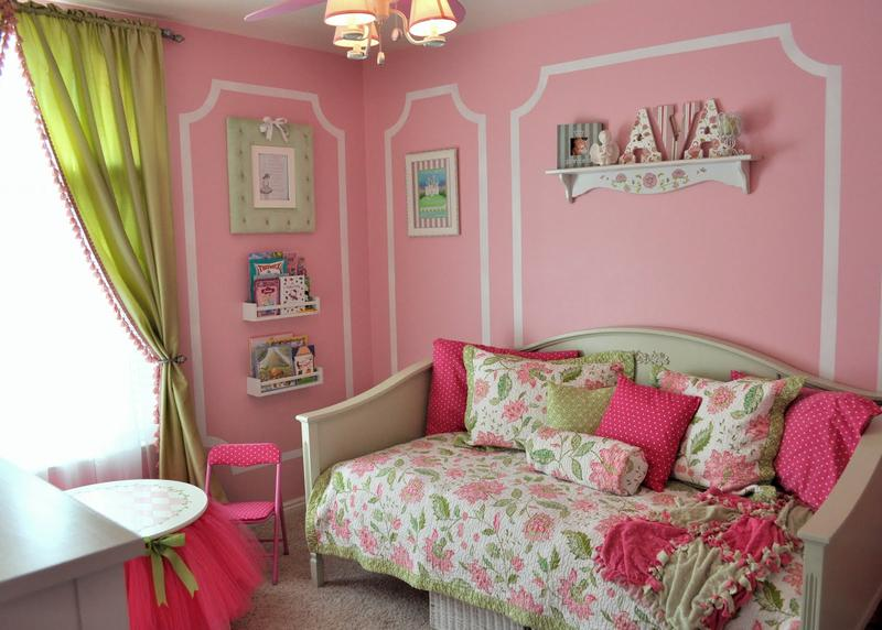 amazing pink and green bedroom. beautiful ideas. Home Design Ideas