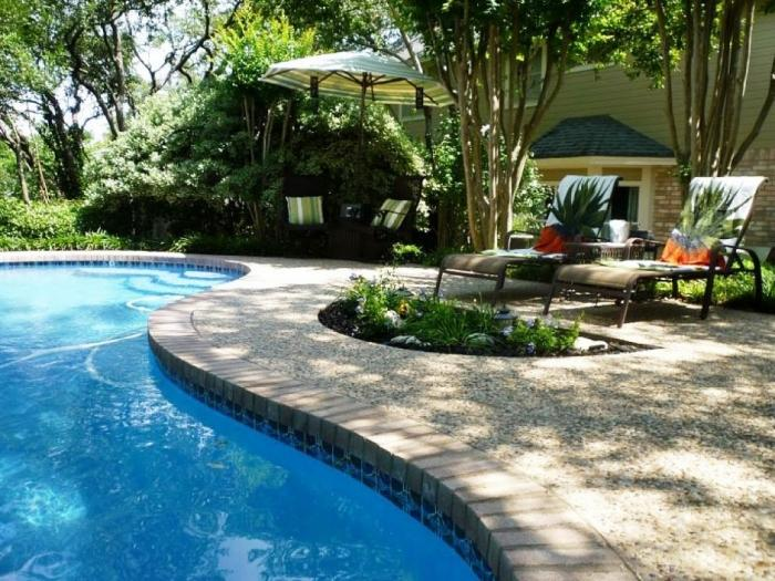 10 Awesome Swimming Pools for Small Backyards - Rilane