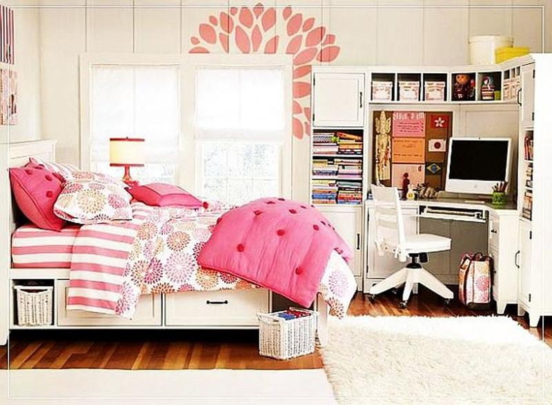 Attrayant Charming Pink Teenu0027s Girl Bedroom