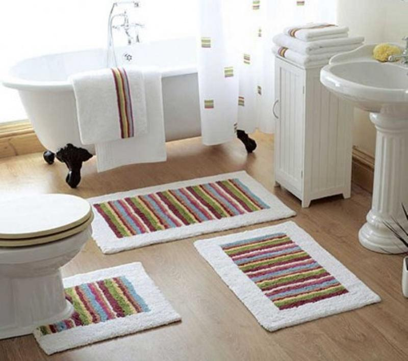 Attirant 10 Interesting And Fun Bathroom Area Rugs