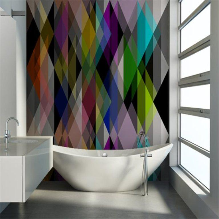 15 visually superb bathrooms with geometric wallpaper rilane for Cool bathroom wallpaper