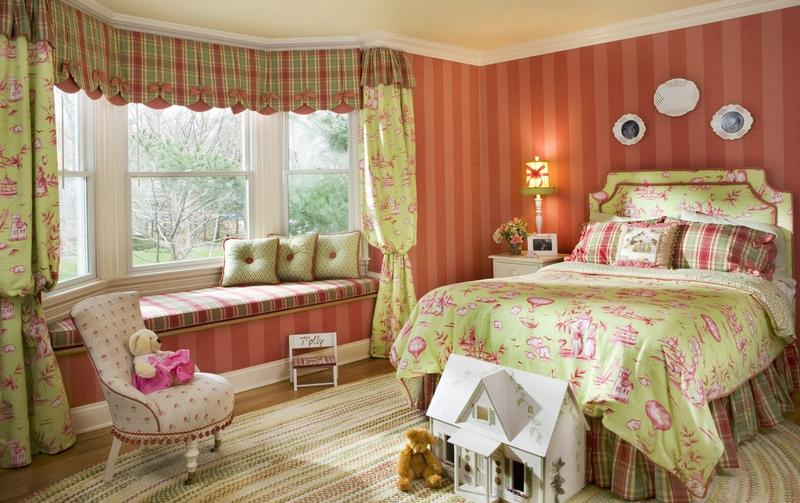 Country Green And Pink Bedroom
