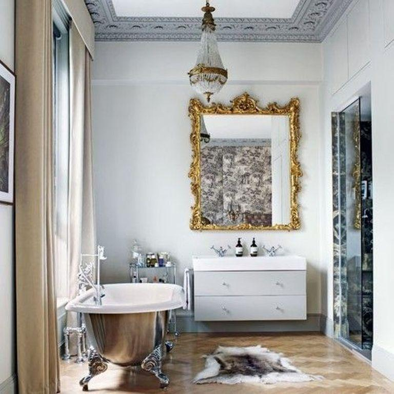 Dramatic Victorian Bathroom