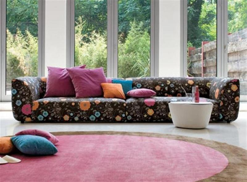 Perk up the living room with 15 colorful sofa ideas rilane - Telas de tapizar sofas ...