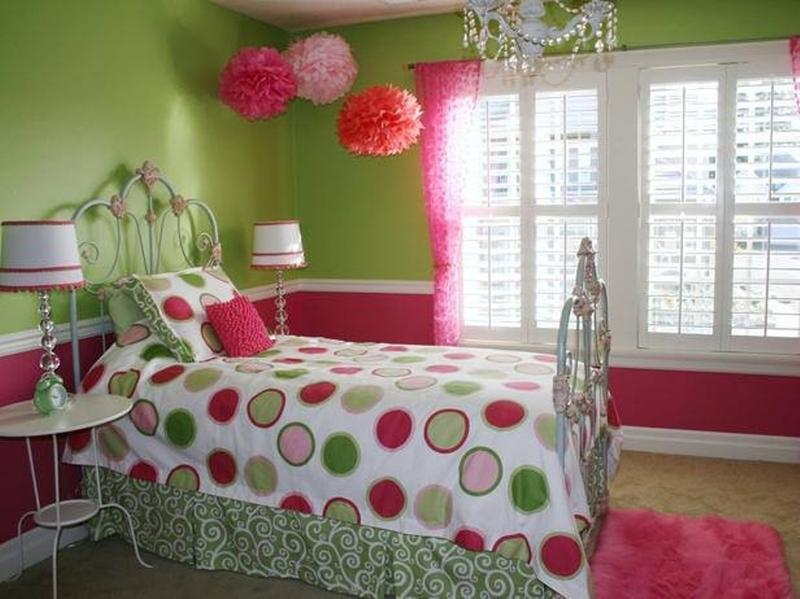 Merveilleux Lively Green And Pink Bedroom
