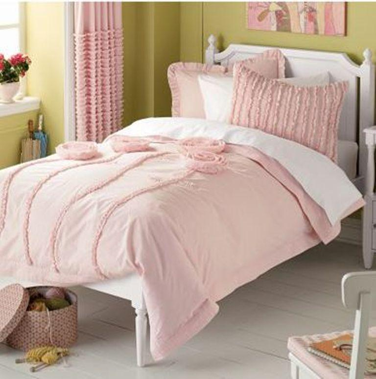 10 Colorful Bedding Ideas for Girl\'s Bedrooom - Rilane