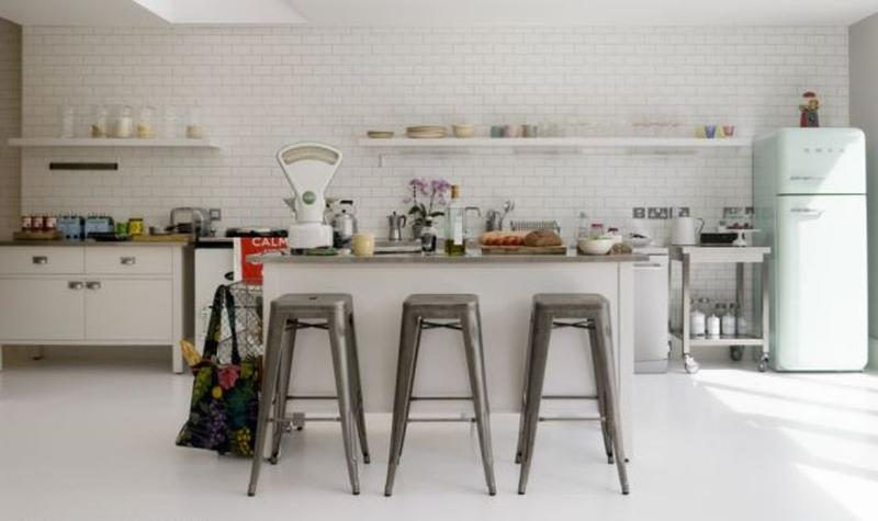 15 Beautiful Kitchen Designs With Floating Shelves