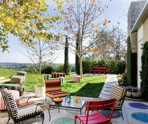 10 Contemporary Backyard Patio Designs