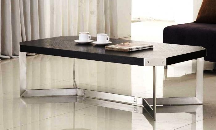 Luxurious And Modern Center Table Design