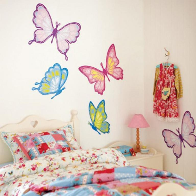 Charming Beautiful Bedroom With Colorful Butterflies