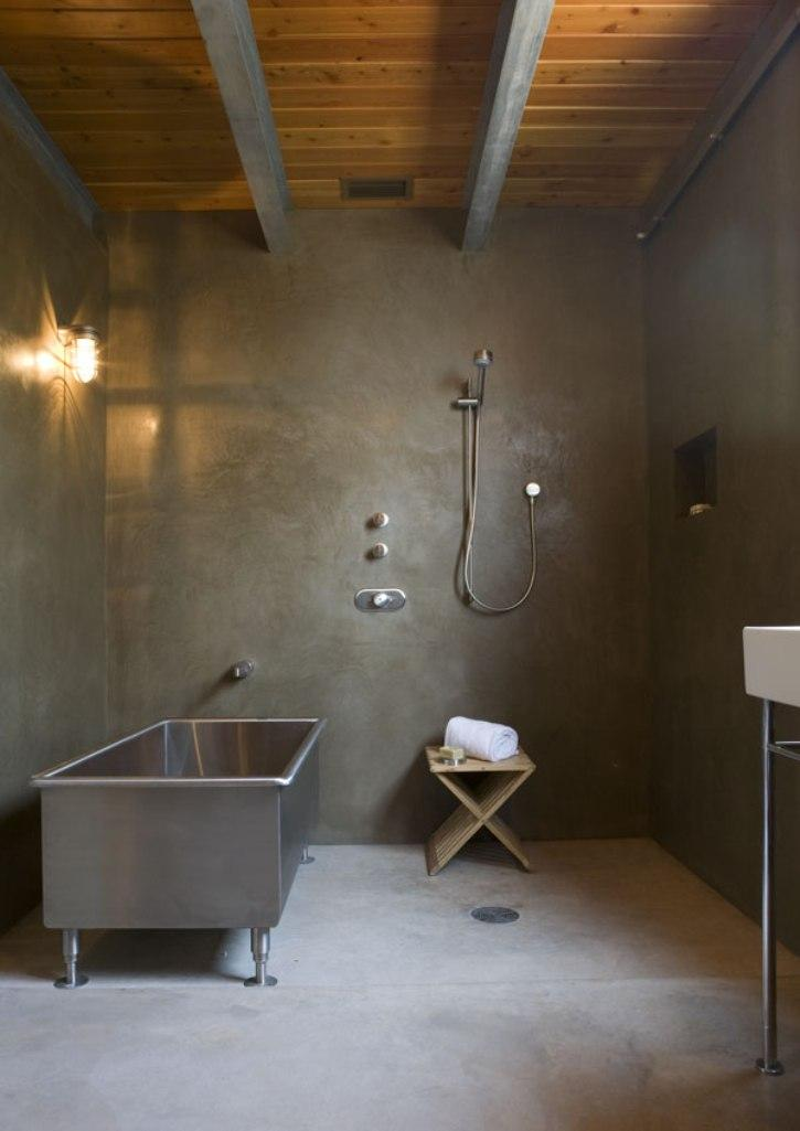 15 bold bathroom designs with concrete walls rilane for Enduit decoratif interieur