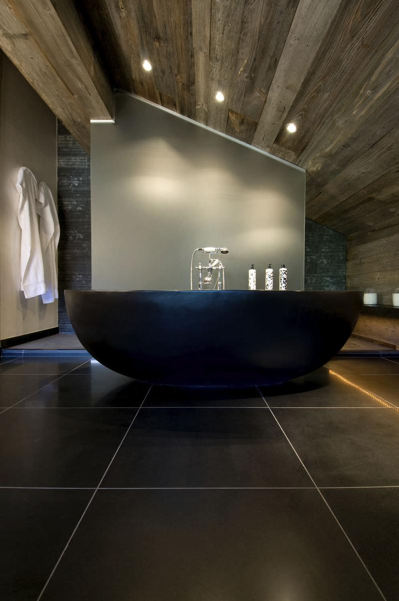 Black Rustic Bathroom Vanity: 20 Amazing Bathroom Designs With Natural Stone Bathtub