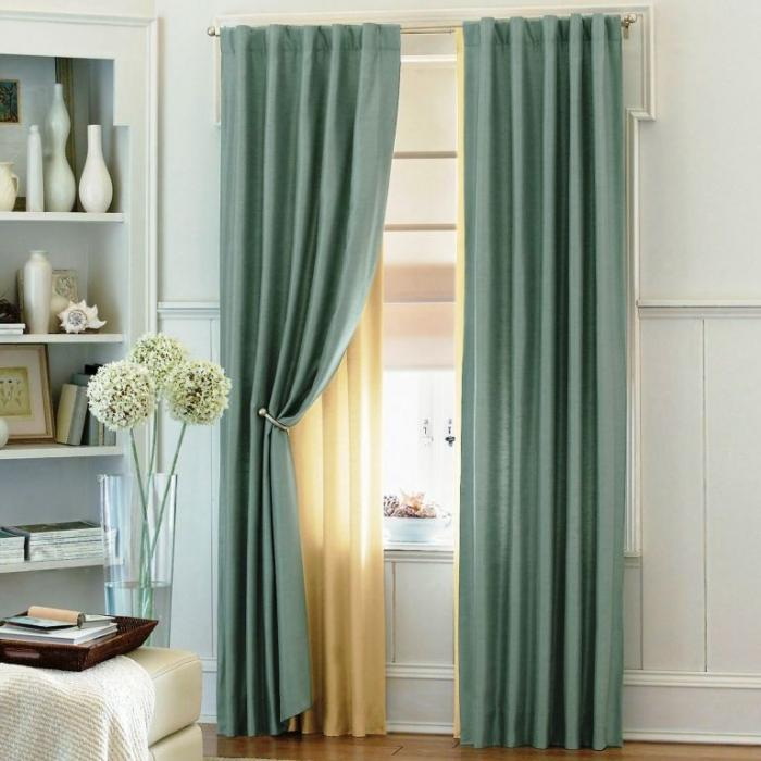 15 delightful sheer curtain designs for the living room for Living room ideas blue curtains