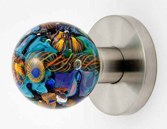 10 Fun and Wonderful Door Knob Designs for Kid's Bedroom