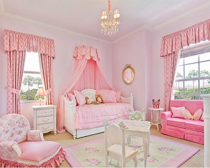 10 completely adorable girls bedrooms with floral curtains rilane. Black Bedroom Furniture Sets. Home Design Ideas