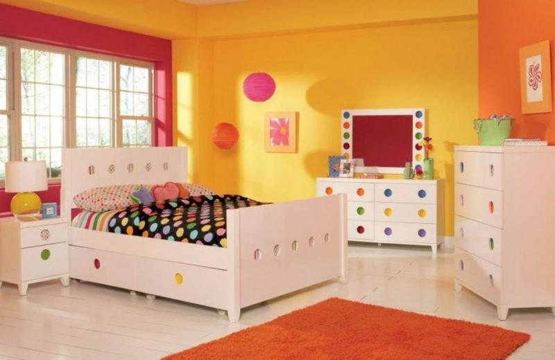 Chic Pink And Yellow Girlu0027s Bedroom