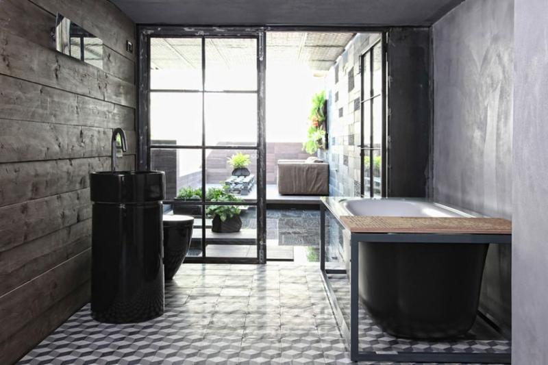 Contemporary Bathroom With Black Bathtub