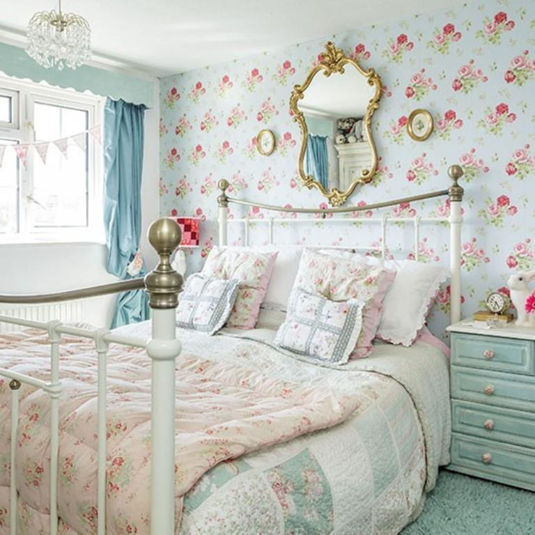 Bedroom Design Blue And White Shabby Chic Bedroom Furniture Uk Bedroom Curtains For Small Windows Bedroom Curtains Ikea: 20 Charming Bedroom Designs With Floral Wallpaper