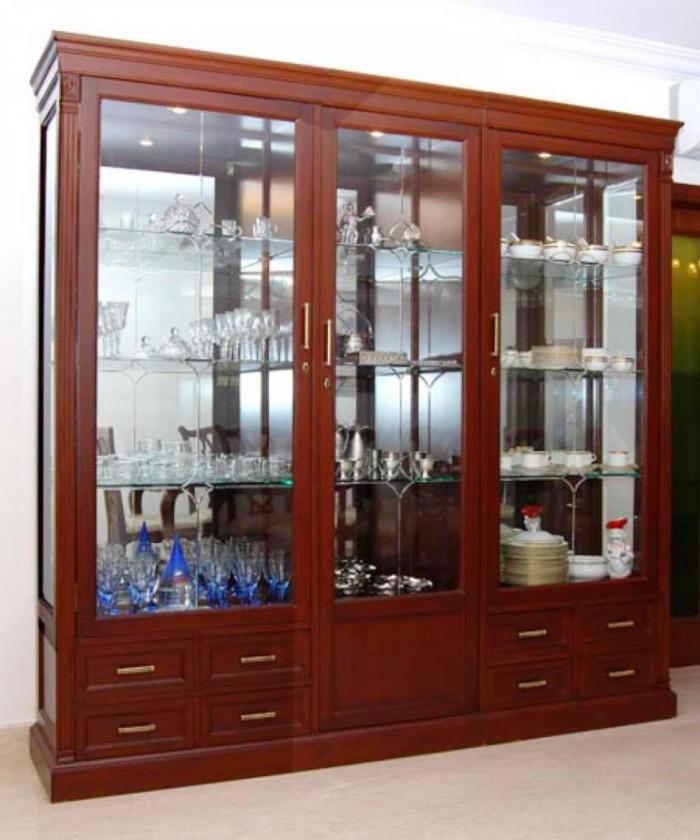 10 Chic and Elegant Kitchen Glass Cupboards - Rilane