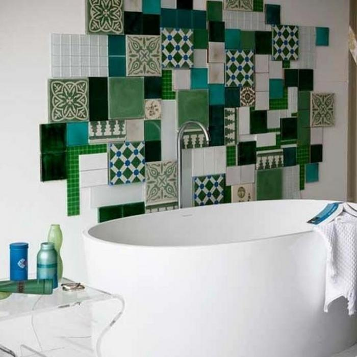 15 Catchy Multicolor Tiled Bathroom Designs - Rilane