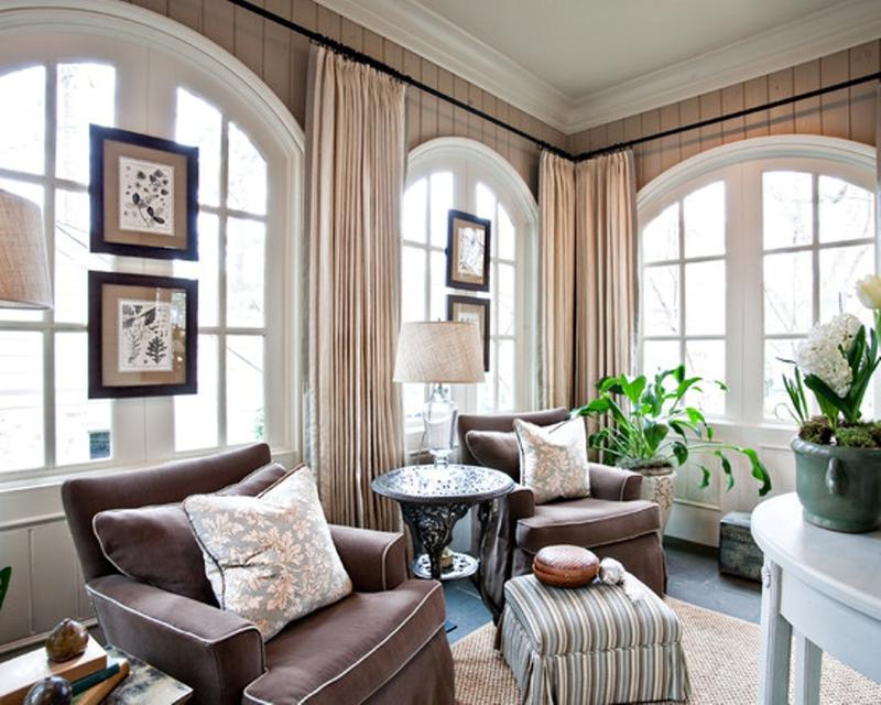 Opulent Living Room With Arch Windows