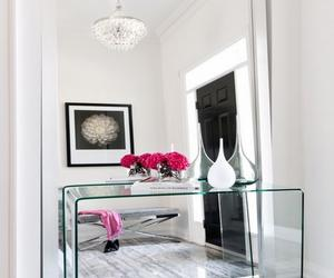 10 Really Amazing Hallway Mirror Designs