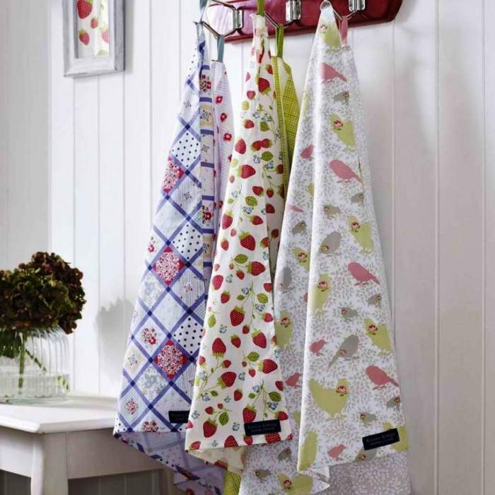 10 kitchen towels in cool designs - Kitchen Hand Towels