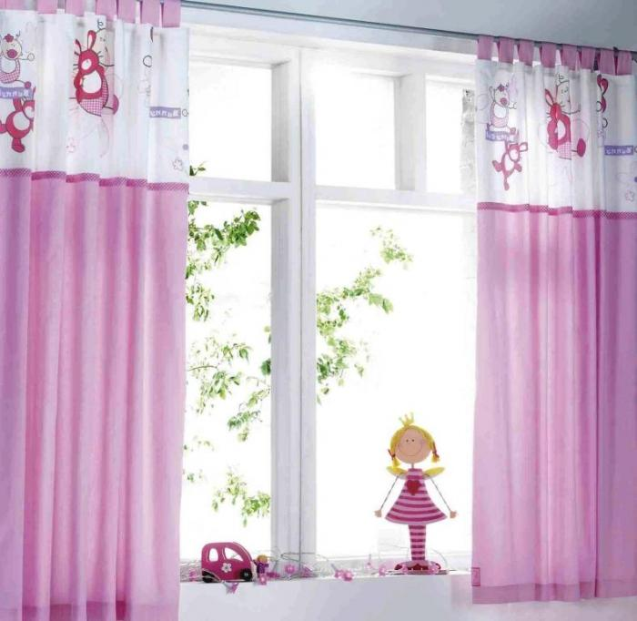 Cute White and Pink Curtain Style. pink bedroom curtain design   Curtain Blog