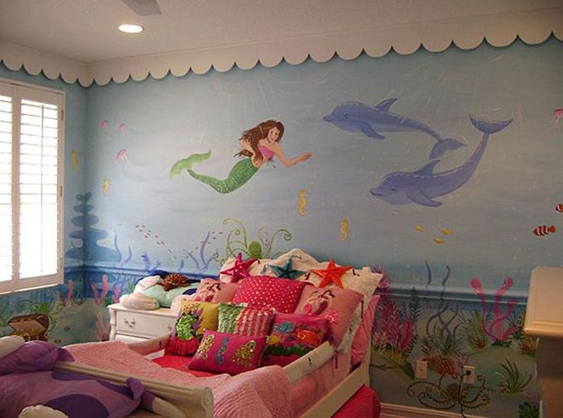 15 dazzling mermaid themed bedroom designs for girls rilane for Beach themed mural