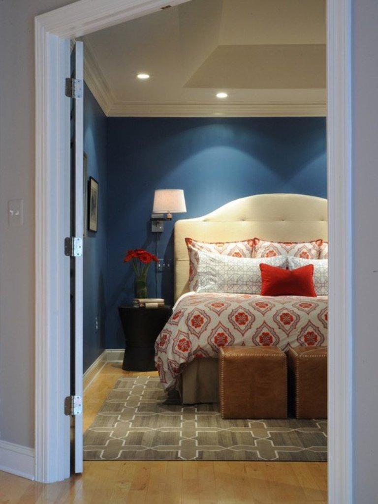 18 vibrant navy blue bedroom design ideas rilane - Blue bedroom ideas ...