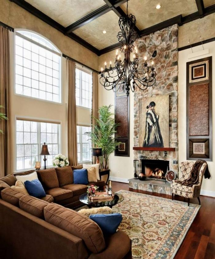 10 fascinating high ceiling living rooms with chandelier for Living room chandelier