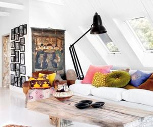 20 Beautiful Attic Living Room Design Ideas
