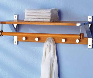 10 Functional and Stylish Bathroom Wall Hooks