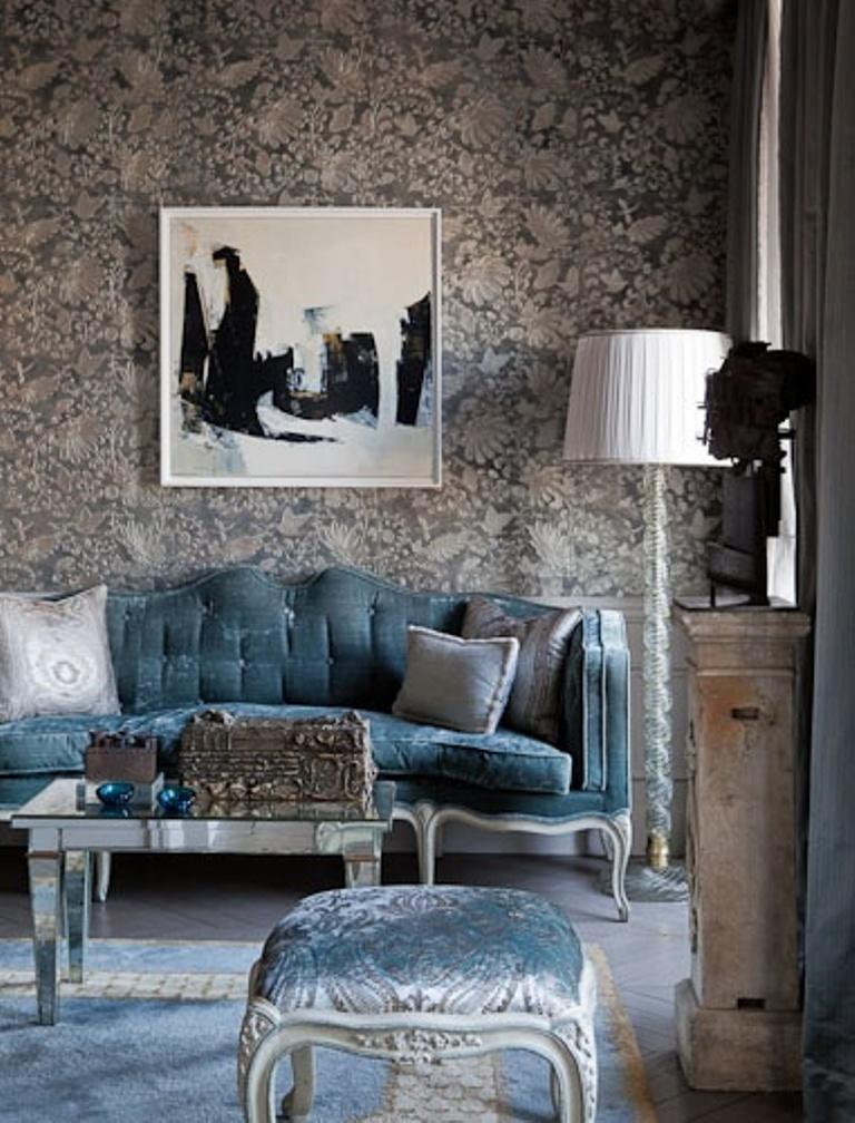30 elegant and chic living rooms with damask wallpaper Blue wallpaper for living room