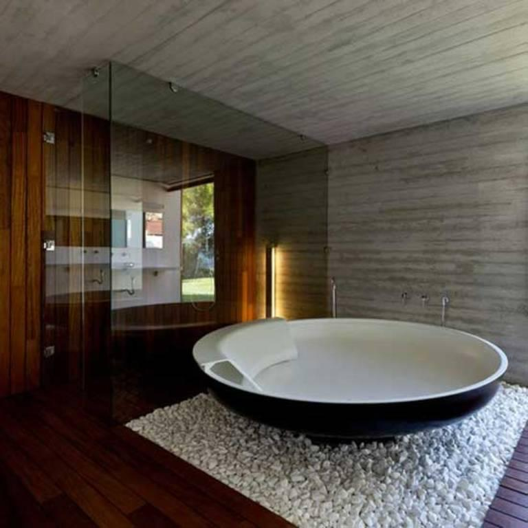 35 contemporary minimalist bathroom designs to leave you. Black Bedroom Furniture Sets. Home Design Ideas
