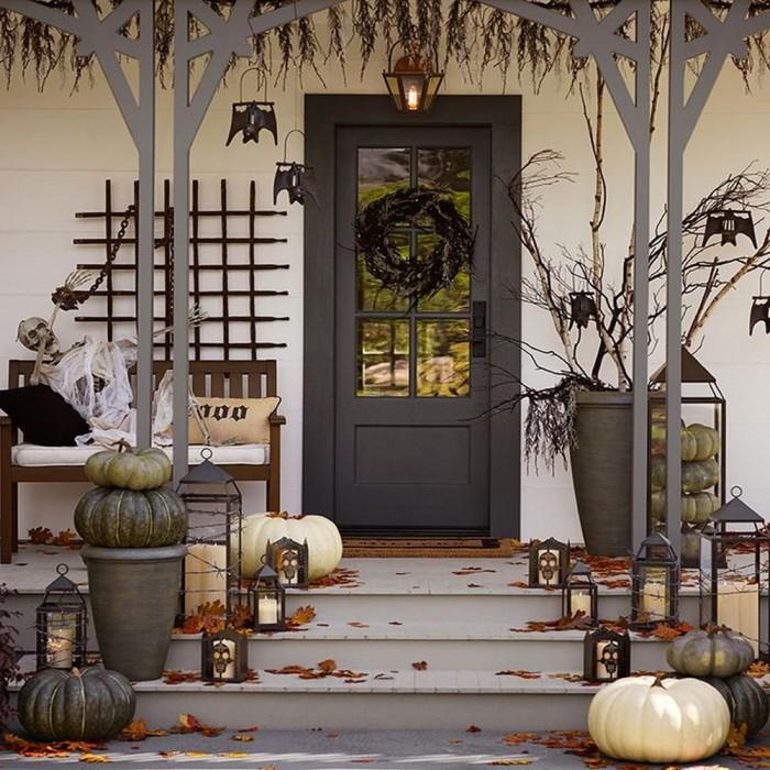 Haunted Halloween Front Porch Decor