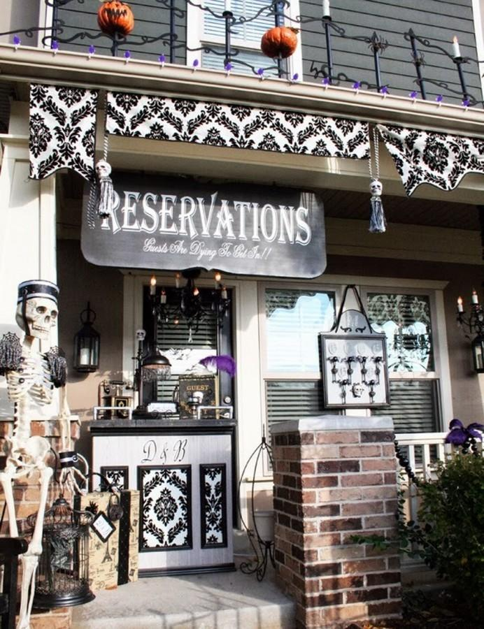 The coolest halloween porches spooky ideas to inspire