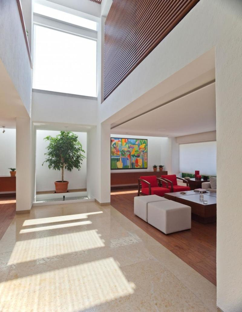 Living Room With High Ceiling And Skylight Part 79