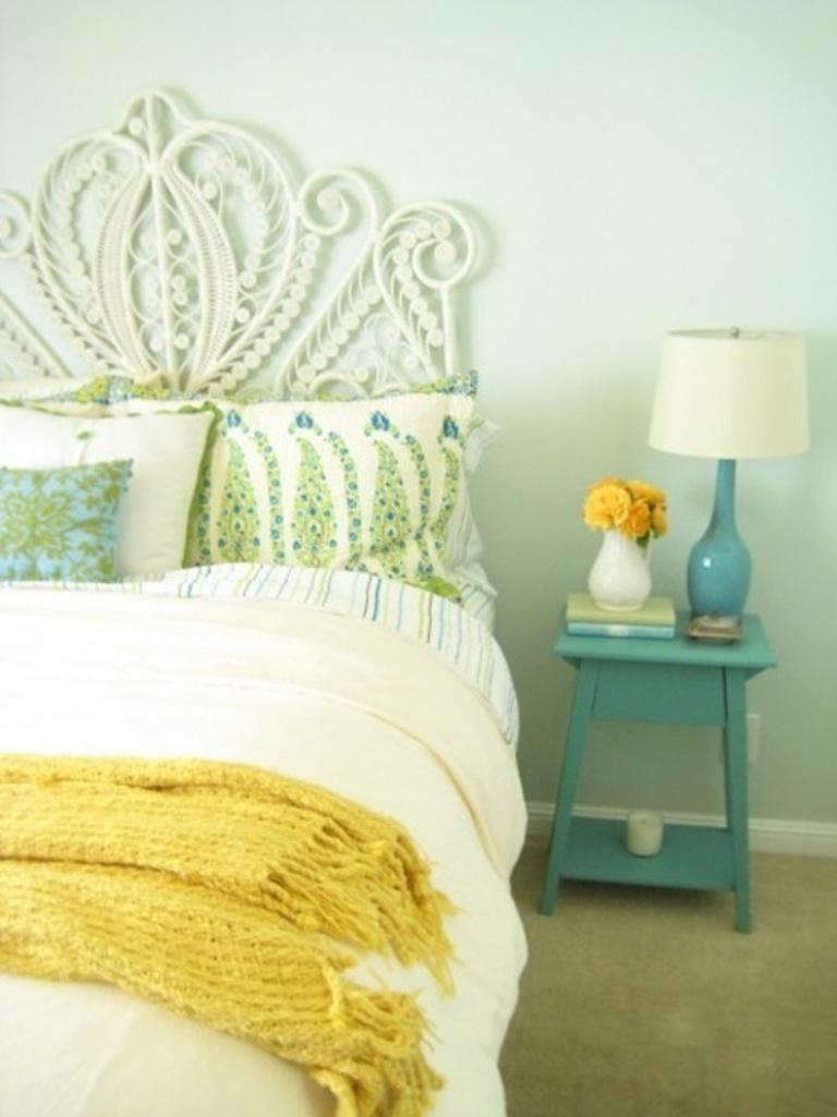 Superbe Mint And Yellow Bedroom